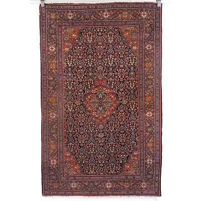 Antique Finely Knotted Wool Pile Persian Mahal Rug Early 20th Century