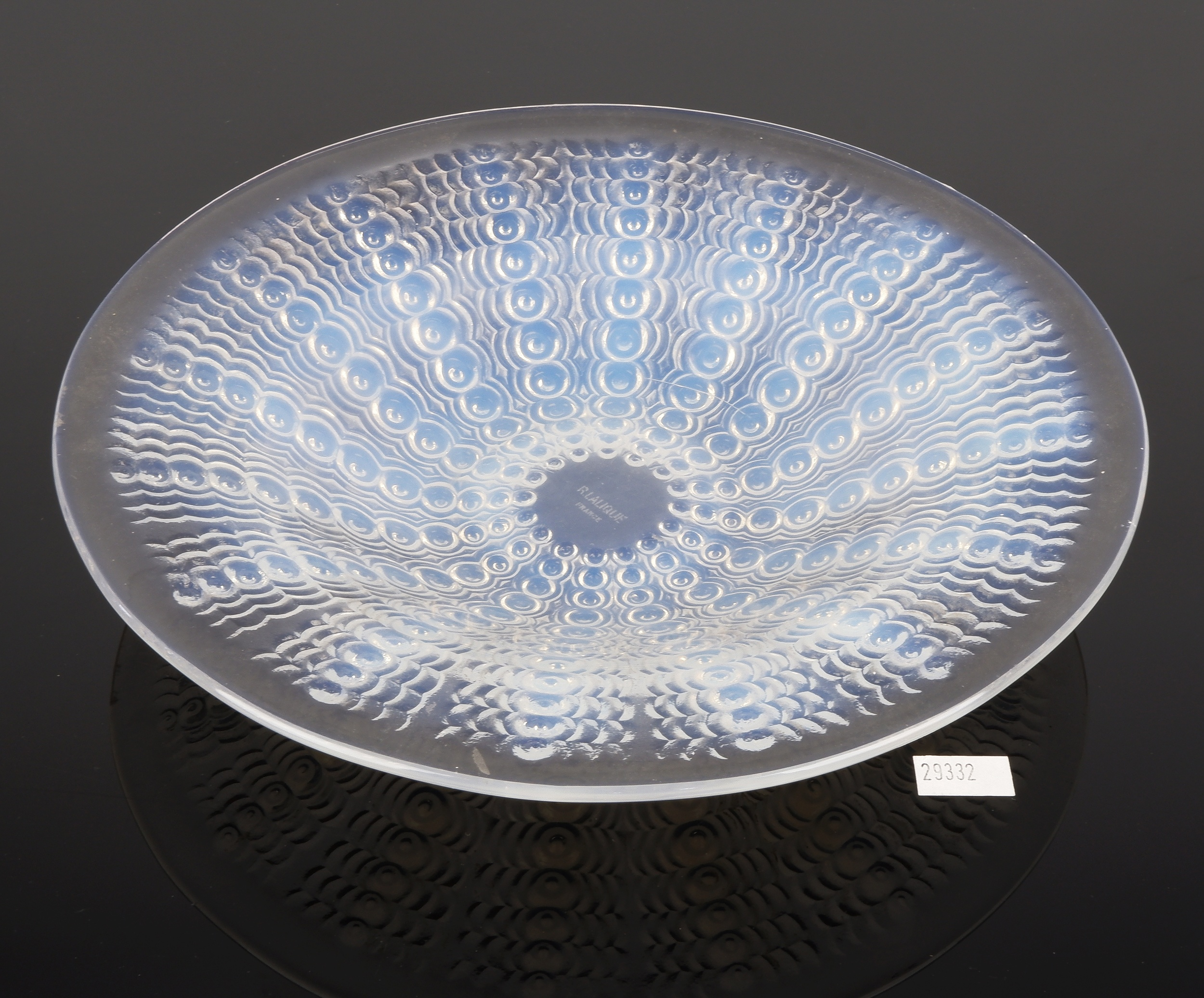 'Rene Lalique Ouverte Oursins Bowl in Opalescent Glass, Model 3310 Circa 1935'