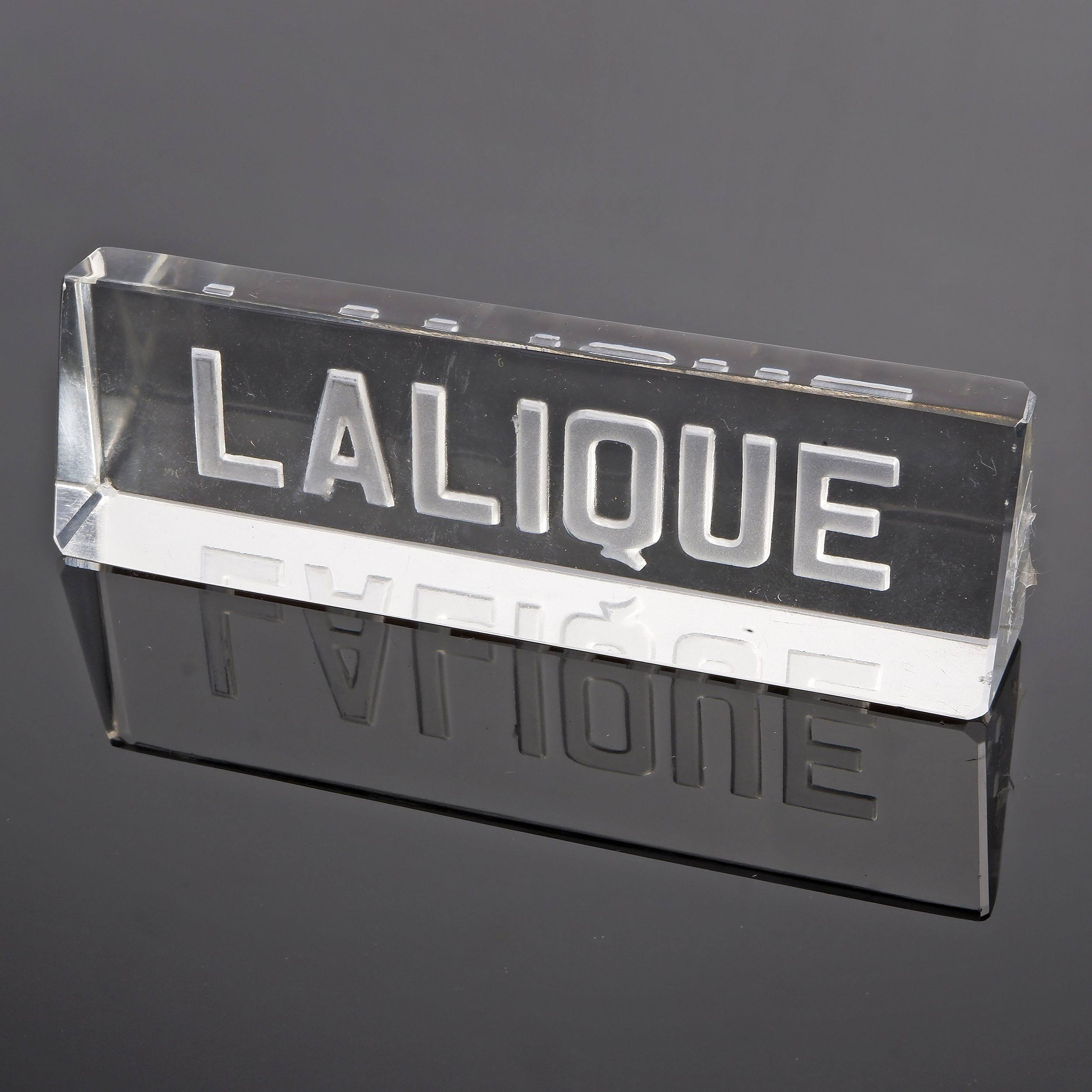 'Lalique Paperweight or Shop Display'