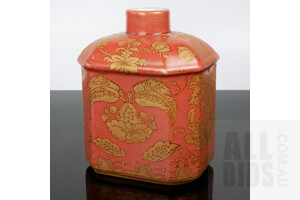 Antique Chinese Wong Lee Hand Painted Tea Caddy With Red and Gilt Ground