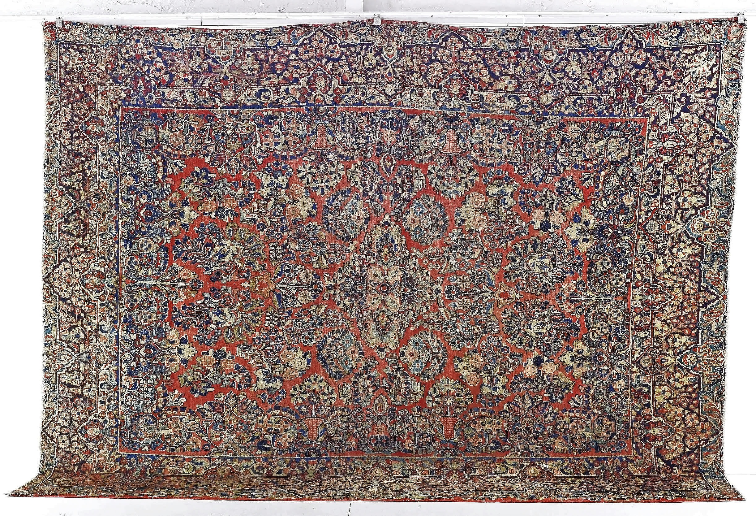 'Antique Persian Sarouk Hand Knotted Wool Pile Carpet'