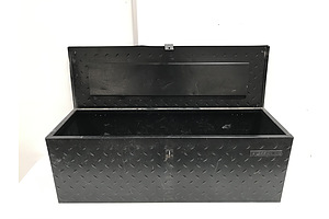 Geelong Checkerplate Storage Box