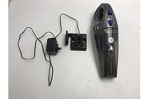 Kambrook 12V Wet/Dry Minivac