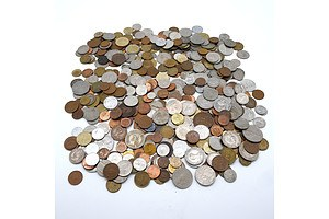 Large Collection Assorted International Coins Approximately 2 kilograms
