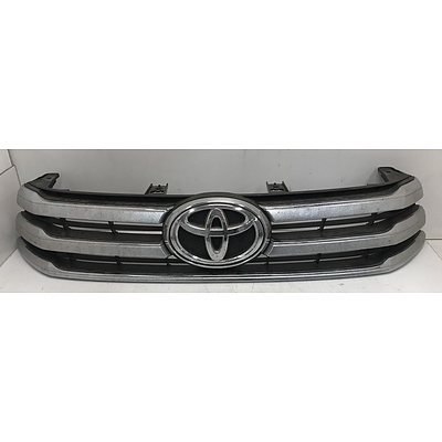 Toyota Hilux SR5 Front Grill