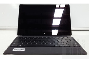 Microsoft Surface (1601) Pro 2 10-Inch 128GB Core i5 (4200U) 1.60GHz 2-in-1 Detachable Laptop