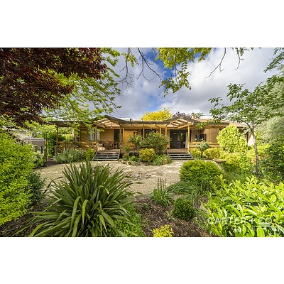 15 Houghton Place, Spence ACT 2615
