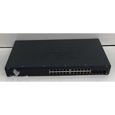 Juniper Networks (EX2200-24P-4G) EX2200 24-Port Gigabit Managed Switch