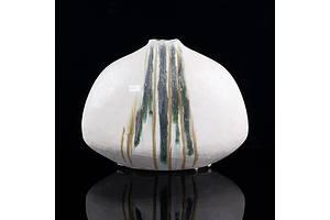 Hiroe Swen (Japan, Australia 1934-) Large Glazed Stoneware Ikebana Vase