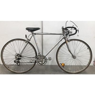 Conqueror Road Bike