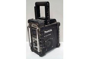 Wireless Makita Digital Radio