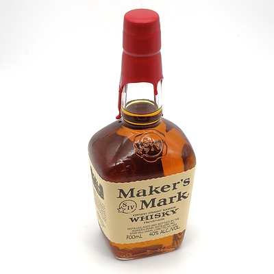 Maker's Mark Handmade Kentucky Straight Bourbon Whiskey 700ml with Wax Sealed Top