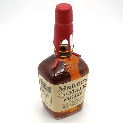 Maker's Mark Handmade Kentucky Straight Bourbon Whiskey 700ml with Wax Sealed Top