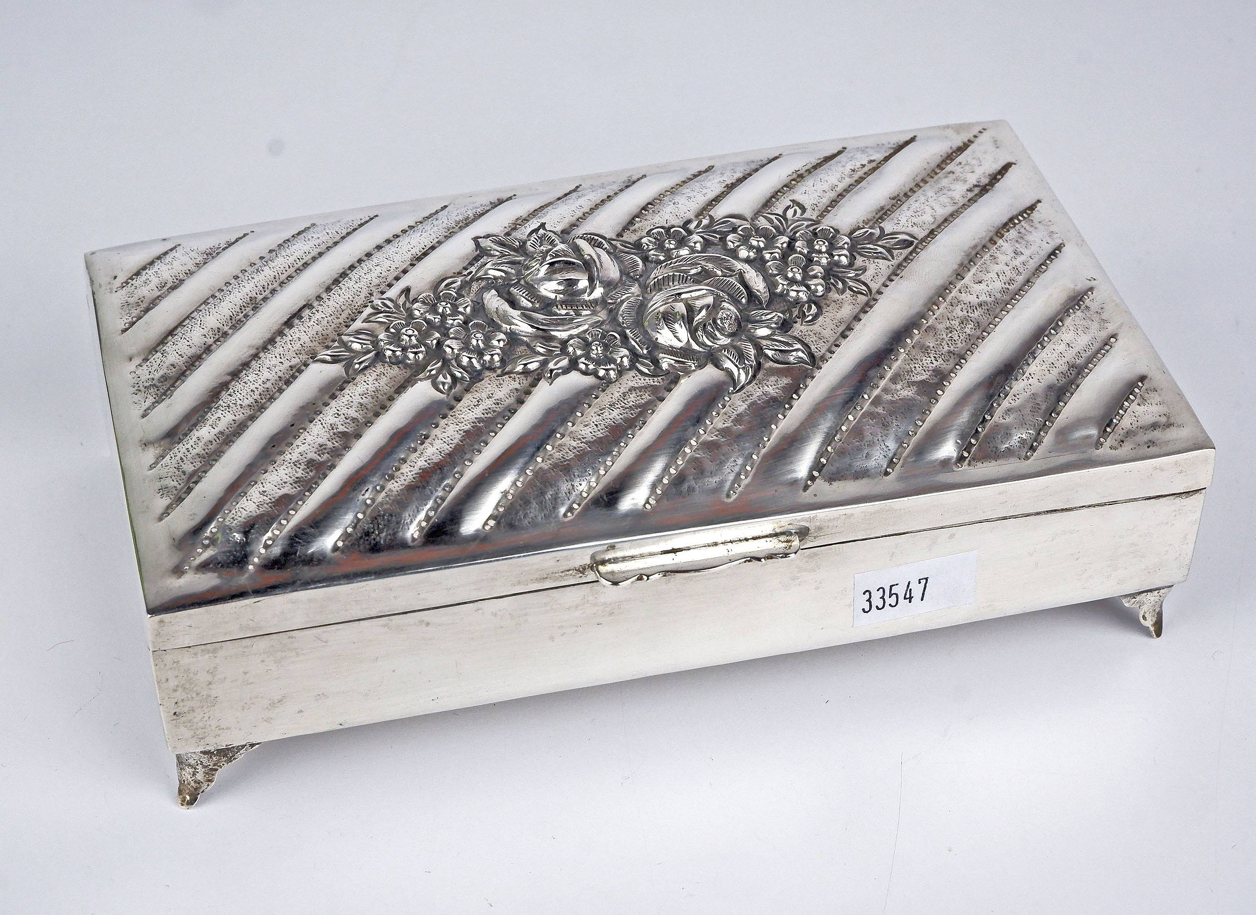 '900 Silver and Wood Lined Cigarette Box'