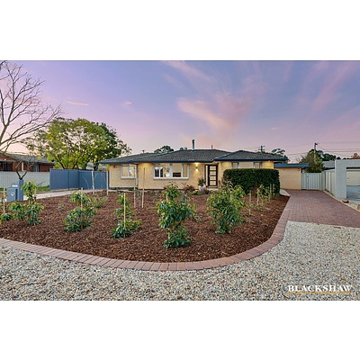 17 Clermont Street, Fisher ACT 2611