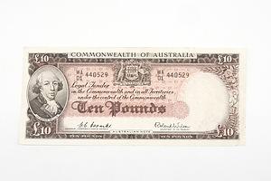 Australian 1954 Coombs/ Wilson Ten Pound Banknote, R62 WA01440529