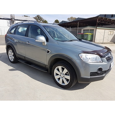 11/2010 Holden Captiva LX (4x4) CG MY10 4d Wagon Grey 2.0L