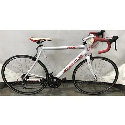 Momentum R330 Raod Bike