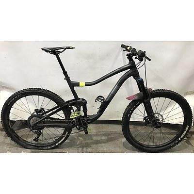 Giant Trance Mountain Bike