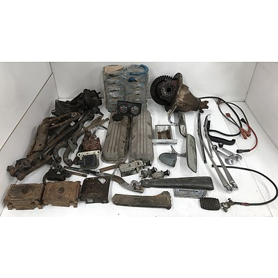 Large Collection Of Old Holden and Other Car Parts