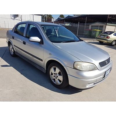 4/2002 Holden Astra CD TS 4d Sedan Silver 1.8L