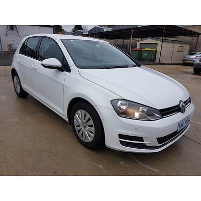 7/2014 Volkswagen Golf 90 TSI AU MY14.5 5d Hatchback White 1.4L