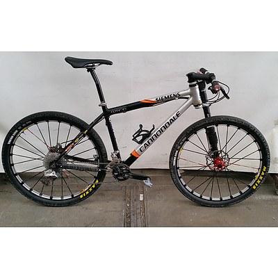 Cannondale Siemans 7 Speed Mountain Bike