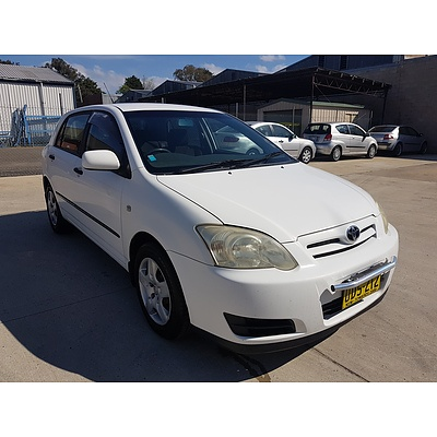 6/2004 Toyota Corolla Ascent ZZE122R 4d Sedan White 1.8L