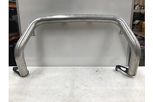 Alloy Hilux Nudge Bar