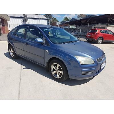 1/2006 Ford Focus CL LS 5D Hatch Blue 2.0L