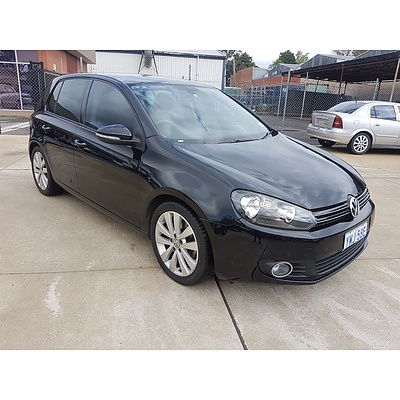 10/2009 Volkswagen Golf 118 TSI Comfortline 1K 6TH GEN 5d Hatchback Black 1.4L