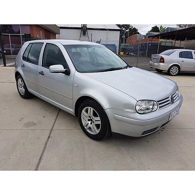 3/2004 Volkswagen Golf 1.6 Generation  5d Hatchback Silver 1.6L