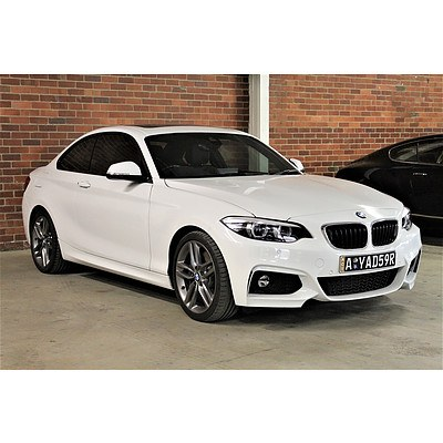10/2017 Bmw 2 30i M-sport F22 MY16 2d Coupe White 2.0L