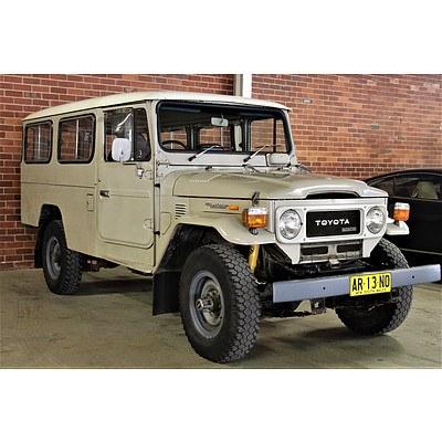 3/1980 Toyota Landcruiser (4x4) HJ45RV Troopcarrier Beige 3.6L Diesel