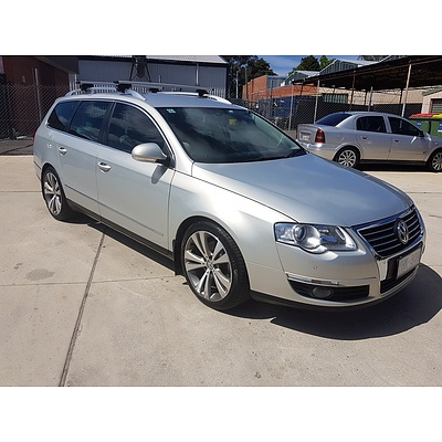 10/2010 Volkswagen Passat 125 TDI Highline 3C MY10 UPGRADE 4d Wagon  2.0L