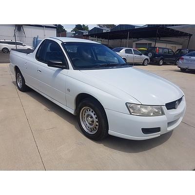 3/2007 Holden Commodore VZ Utility White 3.6L