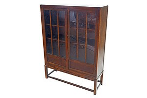 Early 20th Century Oak Bookcase with Glass Doors