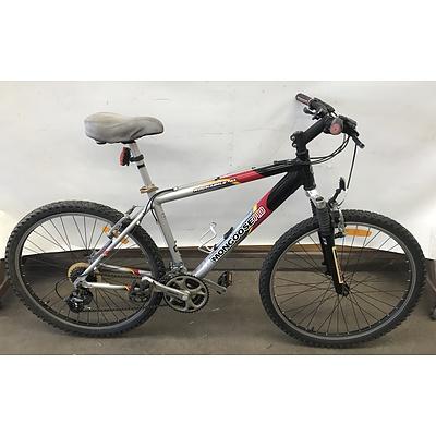 Mongoose Pro Rockadile Al Mountain Bike