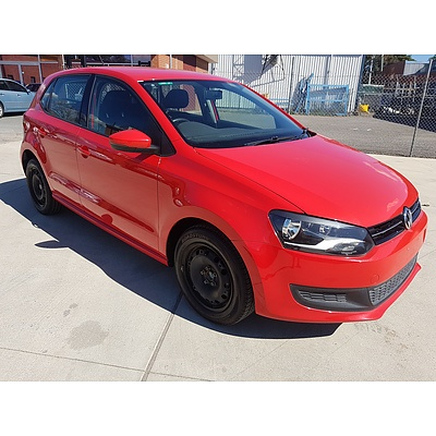3/2013 Volkswagen Polo 77 TSI Comfortline 6R MY13 5d Hatchback Red 1.2L
