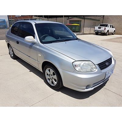 6/2004 Hyundai Accent 1.6 LS 3d Hatchback Silver 1.6L