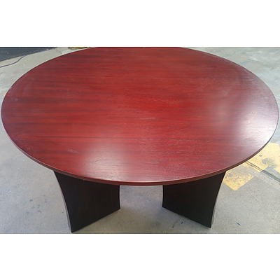 Occasional/Meeting Table