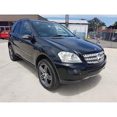 10/2005 Mercedes-Benz ML350 Luxury (4x4) W164 4d Wagon Black 3.5L