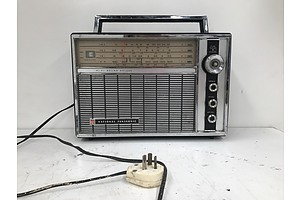 National Panasonic R-100B Radio