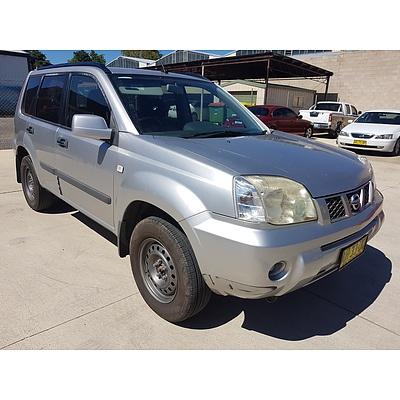 10/2005 Nissan X-trail ST (4x4) T30 4d Wagon Silver 2.5L
