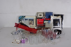 Large Group of Assorted Homewares