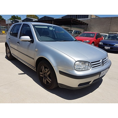 4/2001 Volkswagen Golf Generation  5d Hatchback Silver 1.6L
