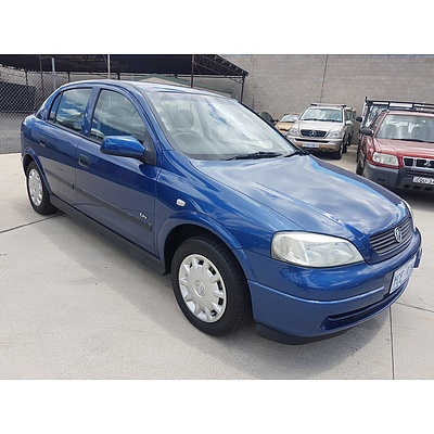 6/2002 Holden Astra CITY TS 5d Hatchback Blue 1.8L