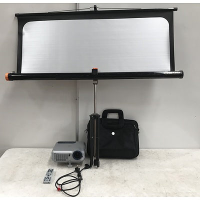 NEC LT220 DLP Projector With Screen