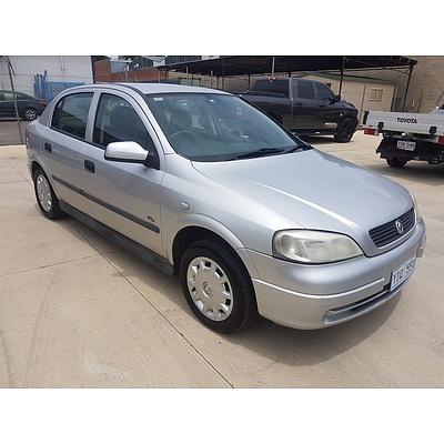 1/2003 Holden Astra CITY TS 5d Hatchback Silver 1.8L