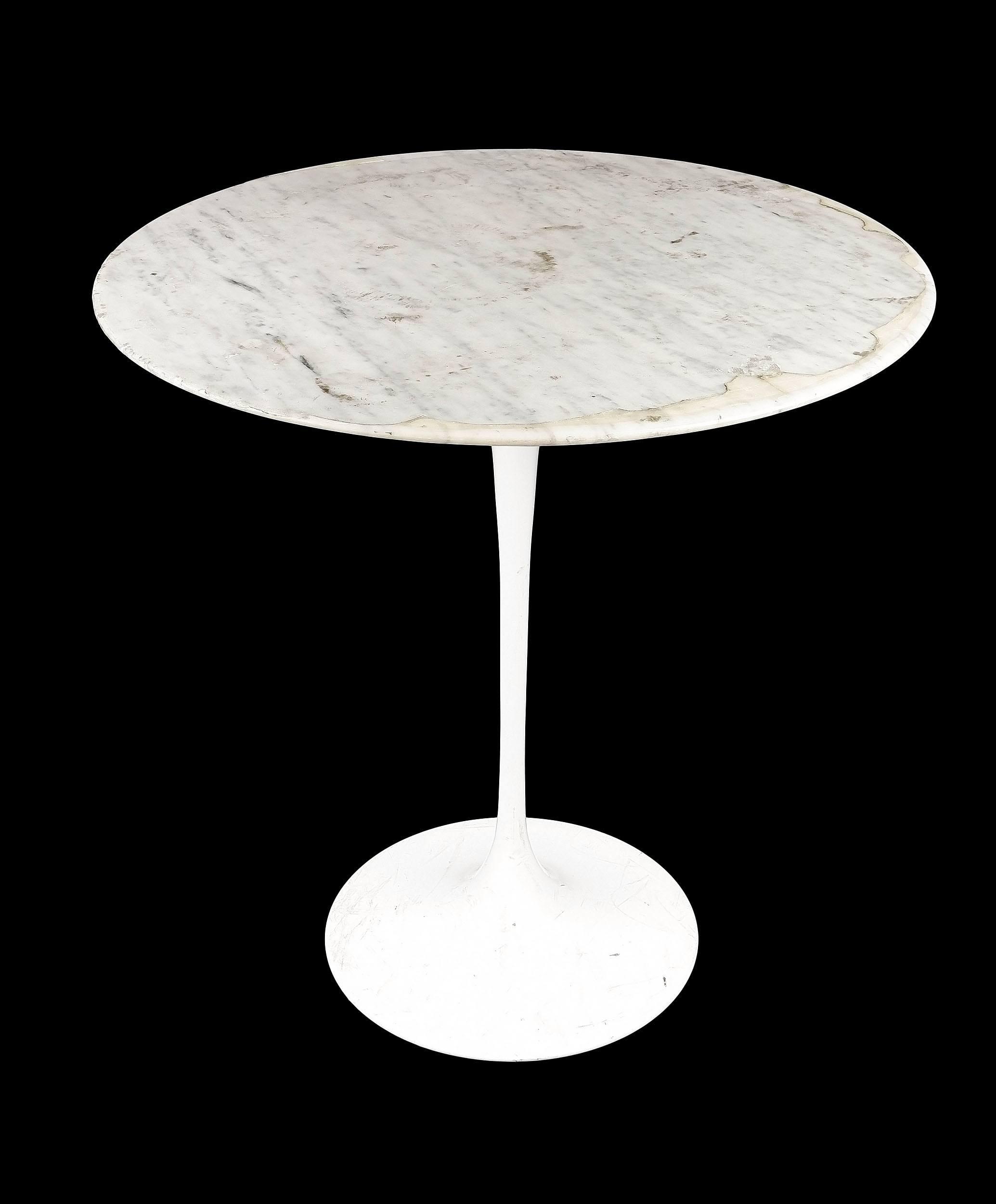 'Genuine Eero Saarinen Marble and Metal Based Tulip Table Manufactured by Knoll'